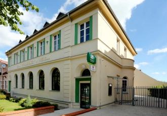 remont-zabytkowego-budynku-banku-w-reszlu-1