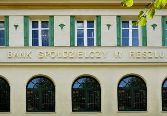remont-zabytkowego-budynku-banku-w-reszlu-2