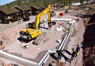 budowa-25-domow-mieszkalnych-w-osrodku-narciarskim-stoten-szwecja-9