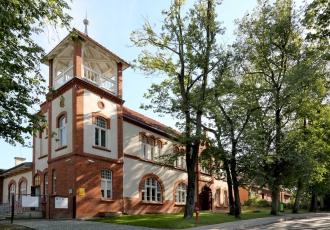 renowacja-i-remont-kapitalny-zabytkowego-budynku-w-reszlu-1