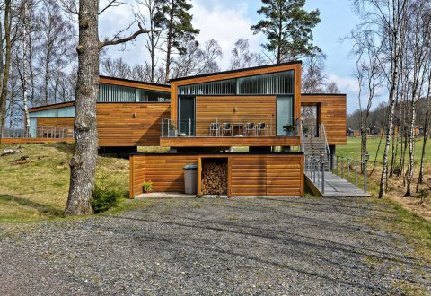 Budowa zespołu domów mieszkalnych, Woodlands Country Club, Szwecja