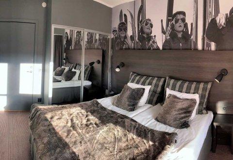 Generalny remont pokoi hotelowych,  Stöten, Szwecja